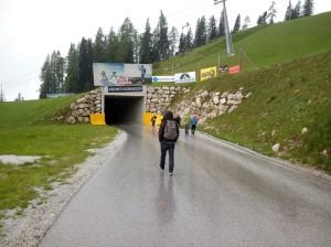 Nasser Tunneleingang
