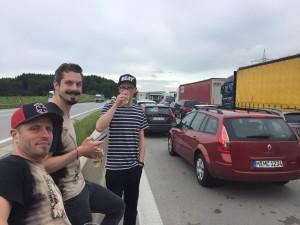 Sektchen auf der Autobahn